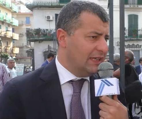 Aggredito a Venezia l'ex deputato di Articolo 1 Arturo Scotto da gruppo di neofascisti