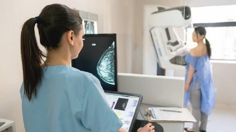 Screening per i tumori al seno al 'Paternò Arezzo' di Ragusa