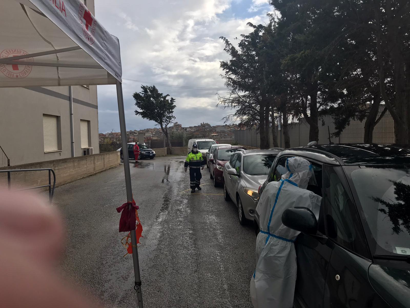 Tamponi drive ad Avola, Pachino e Lentini: su 2.106 sono 22 i positivi