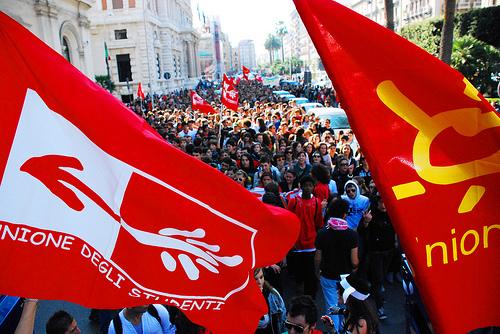 """Scuola: inchiesta dell'Unione studenti,""""in Sicilia non è pubblica"""""""