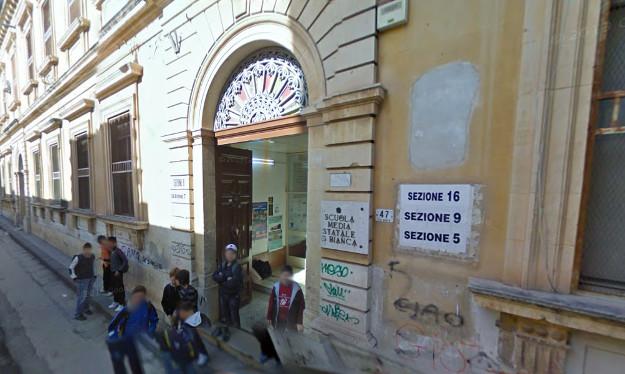Scherzo telefonico al 112, i carabinieri alla scuola Bianca di Avola