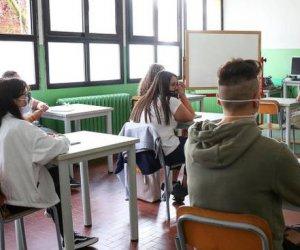 Cgil Sicilia: sospendere lezioni in presenza a scuola è un errore