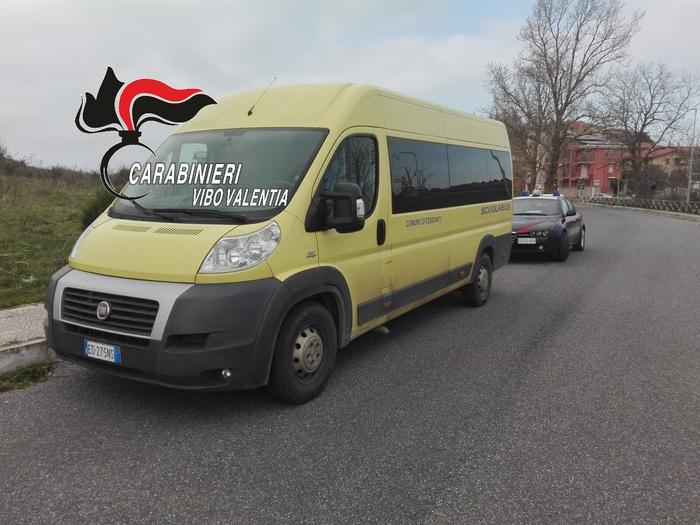 Fermato uno scuolabus nel Vibonese: era privo di assicurazione