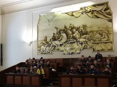 A Catania un baby consiglio comunale con gli alunni della De Amicis