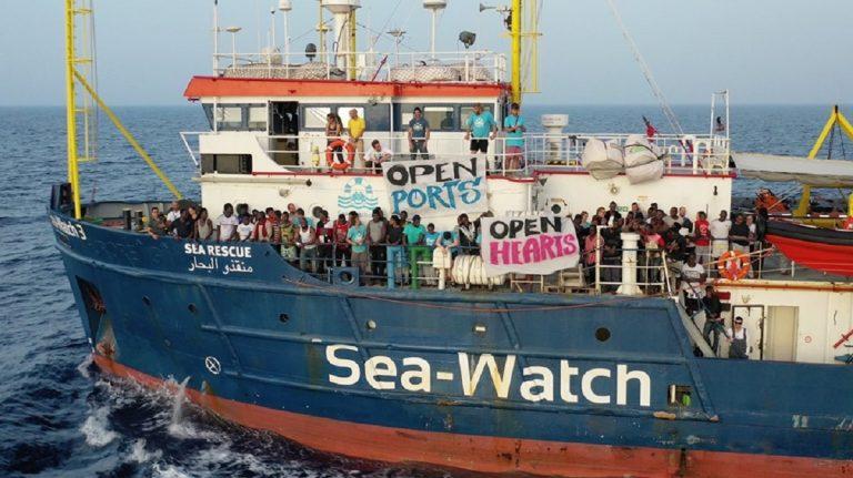 Sea Watch 3 si rivolge a Strasburgo per potere sbarcare i migranti a Lampedusa
