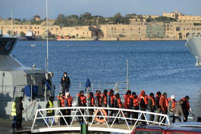 Seicento migranti partiti dalla Libia, Malta ne soccorre settanta