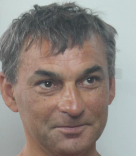 """Siracusa,  molesta i clienti dei """"Papiri"""": arrestato uno straniero"""