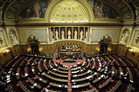 Francia, arrestato funzionario del Senato: forse spionaggio