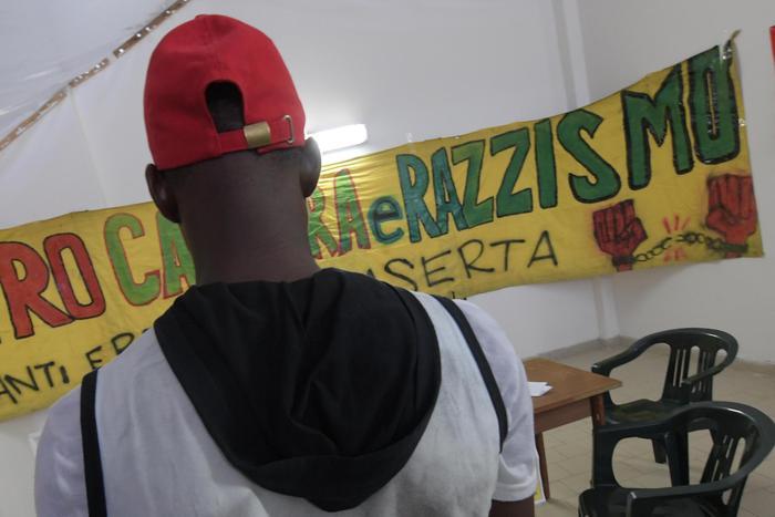 Giovane senegalese insultato e picchiato a Partinico: vattene via