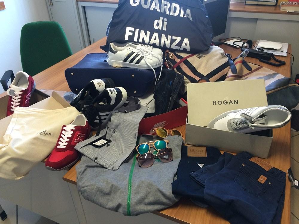 Catania, false griffe: la Finanza seuqestra 22 mila prodotti