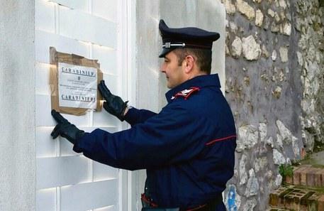 Abusivismo in prestigiose ville a Capri, quattro sequestri e 12 denunce