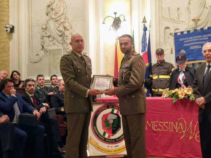 Salvò ragazzo in mare, sergente premiato a Messina