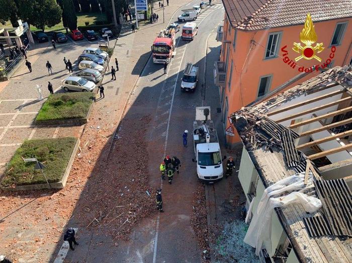 Esplode una palazzina in provincia di Bergamo: un morto