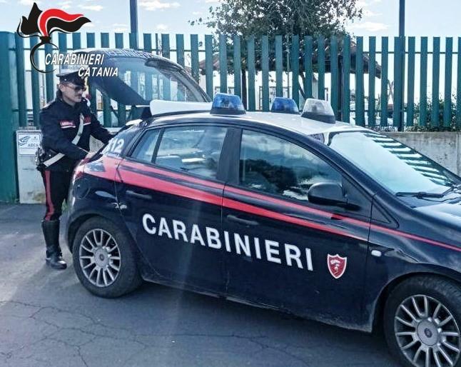 Catania, rubava energia elettrica per il chiosco: denunciata