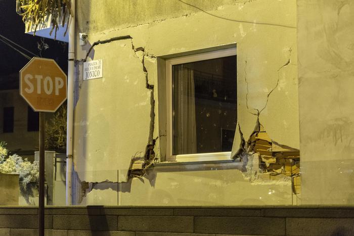 Il terremoto sull'Etna, aumentano gli sfollati negli hotel