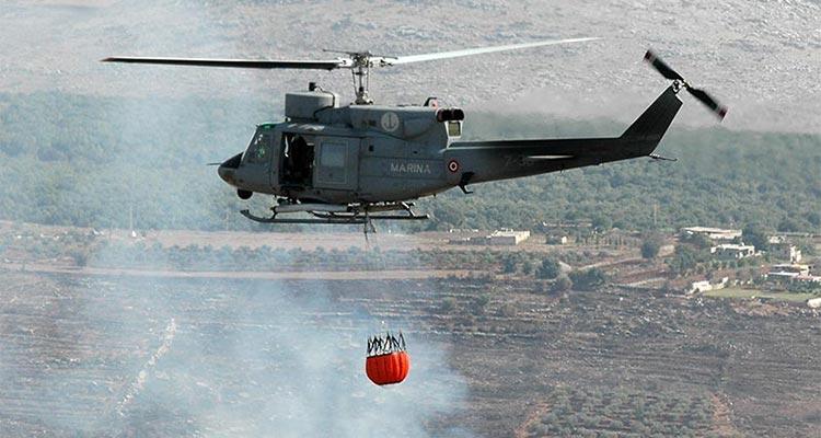 Elicottero della Marina interviene per 2 incendi a Caltagirone e Capizzi