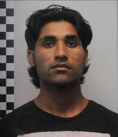 Catania, esibisce un passaporto pakistano contraffatto: arrestato