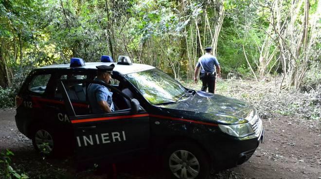 Si perde nei boschi, 61enne ritrovato dai carabinieri nel Potentino