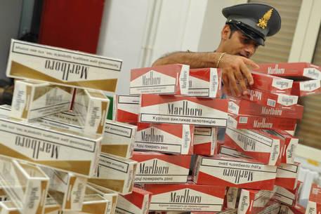 Contrabbando, sequestrata a Caserta oltre una tonnellata di sigarette