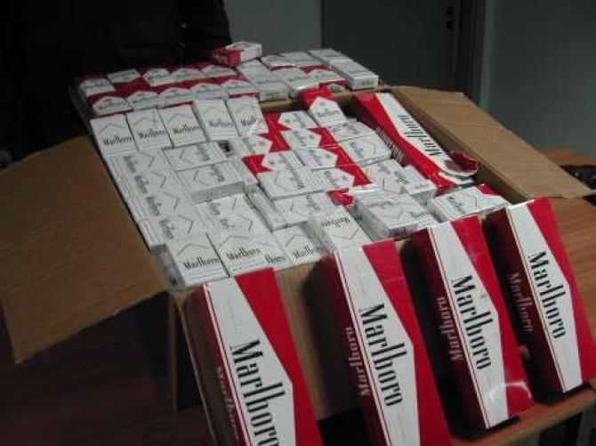Catania, ruba stecche di sigarette nell'area partenze dell'aeroporto