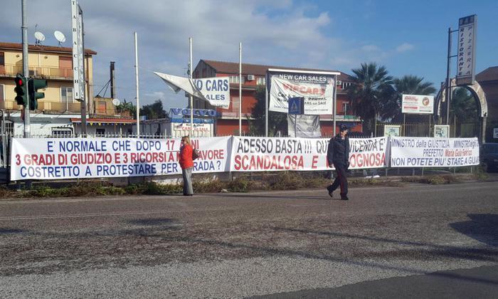 Catania, un ex dipendente della base di Sigonella fa pignorare oro e gioielli