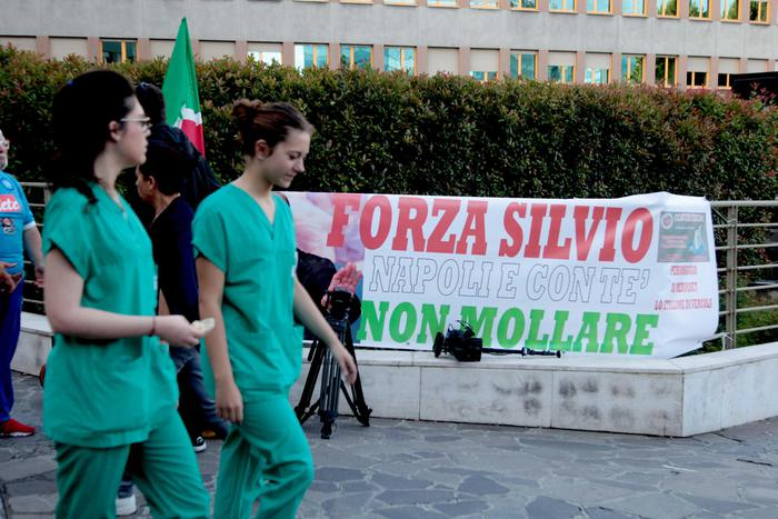 Riuscito l'intervento al cuore a Berlusconi: è durato 4 ore e mezza