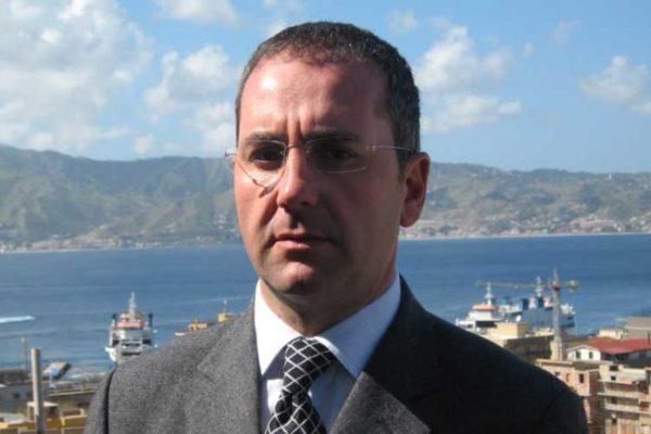 Sindaco di Villa S. Giovanni insorge contro l'authority dello Stretto