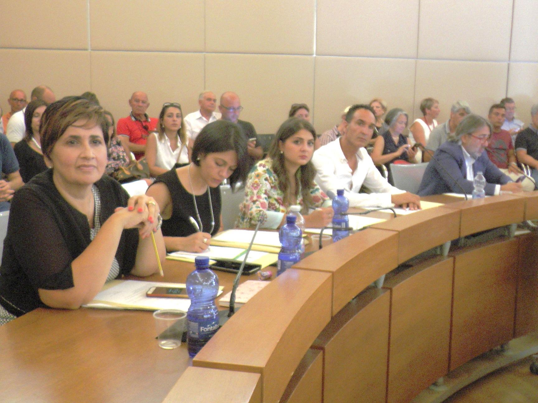 Il consiglio comunale di Siracusa incardina il Bilancio: ora emendamenti