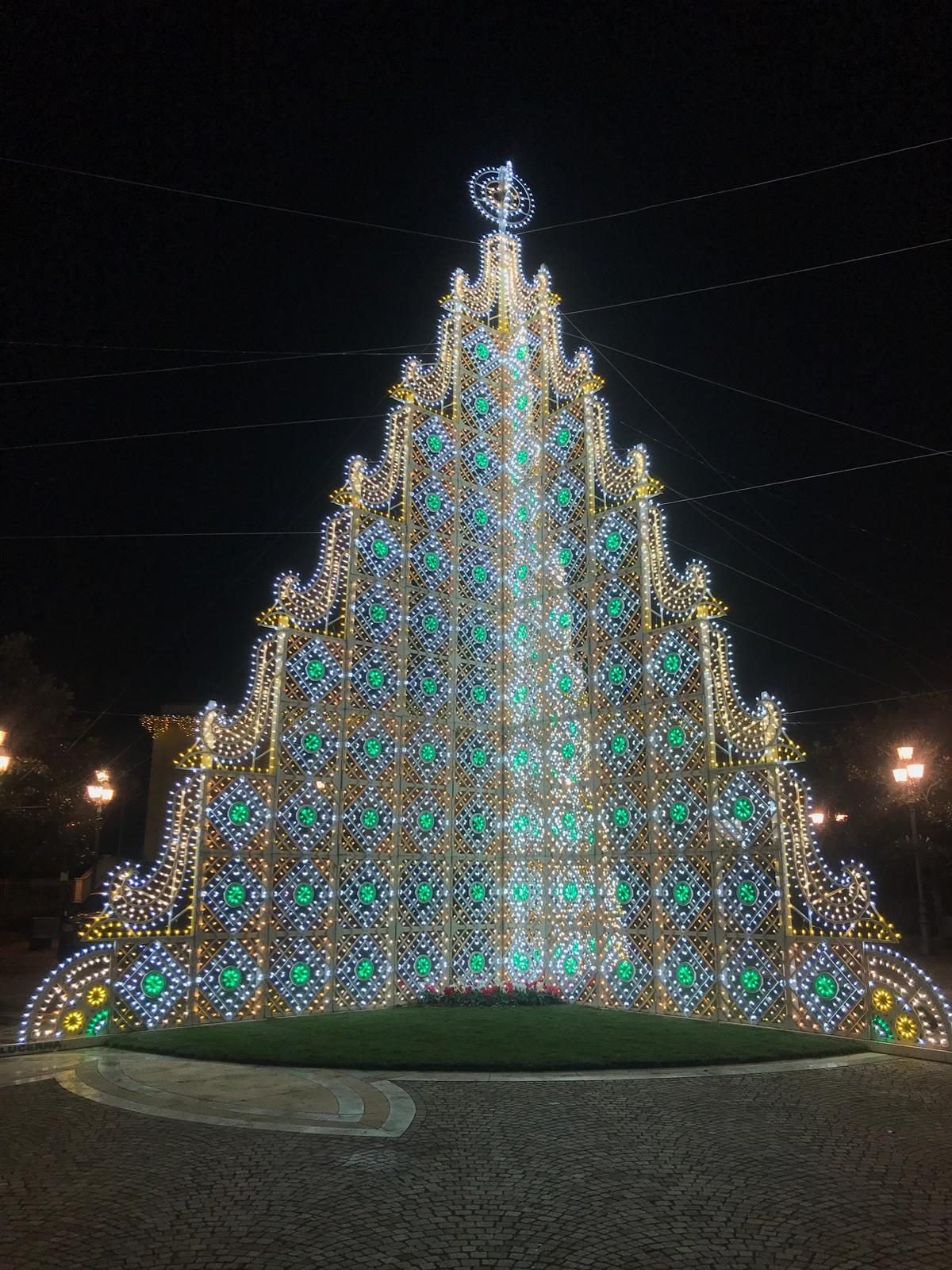 Siracusa, domani sarà acceso l'albero di Natale a Mazzarrona