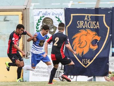 Il Siracusa fa tiro al bersaglio col Gelbison: al De Simone finisce 5 a 1