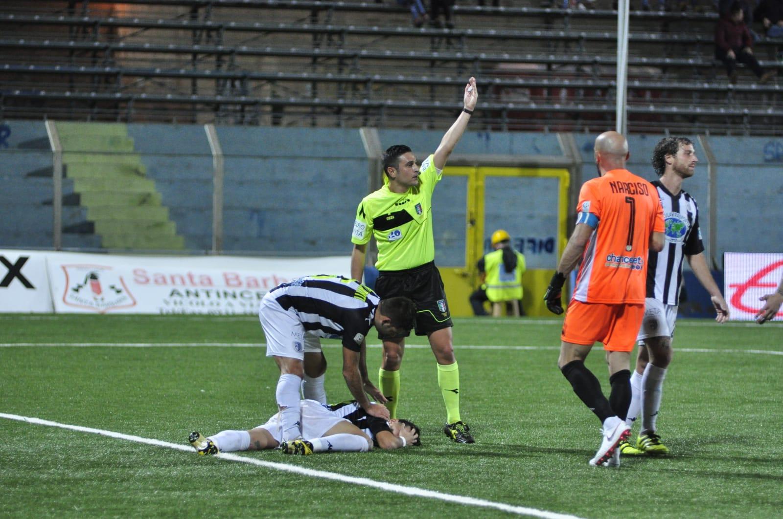 Siracusa e Leonzio si accontentano del pari: è stato il derby della noia