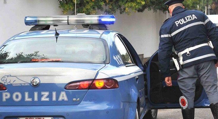 Siracusa, picchia e minaccia di morte l'ex moglie: arrestato
