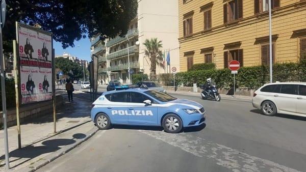 Faceva rapine violente accompagnato da un cane: arrestato a Palermo
