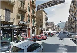 Palermo, ferito da una coltellata al fianco vicino al Centro Snai