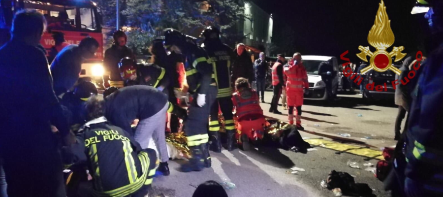 Fuggi fuggi in discoteca: 6 morti e 100 feriti nelle Marche