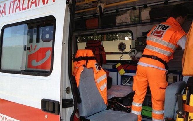 Palermo, perde il controllo dell'auto: due donne in gravi condizioni