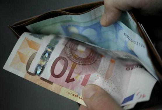 Pachino, le avevano sfilato il portafogli: lo trova la polizia con i soldi