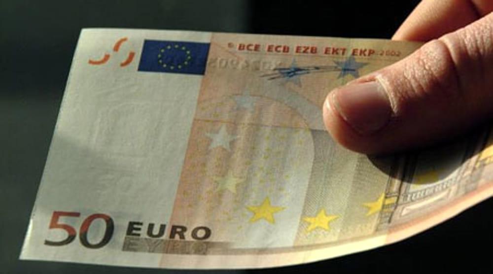 Banconote false, trovato con 9.400 euro contraffatti a Niscemi