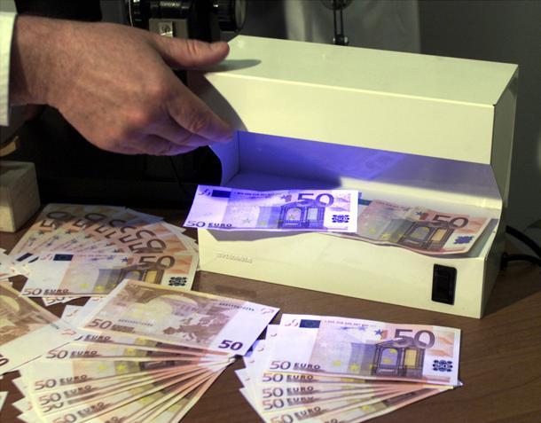 Giro di banconote false tra Napoli, Caserta e province: 17 arresti