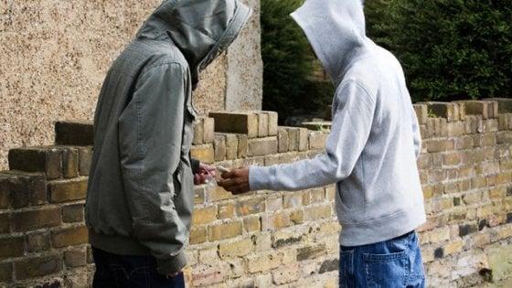 Spaccio e tentata truffa a Catania, un arresto e due denunce