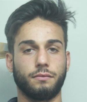 Catania, incassano i soldi per restituire la moto rubata: due arresti