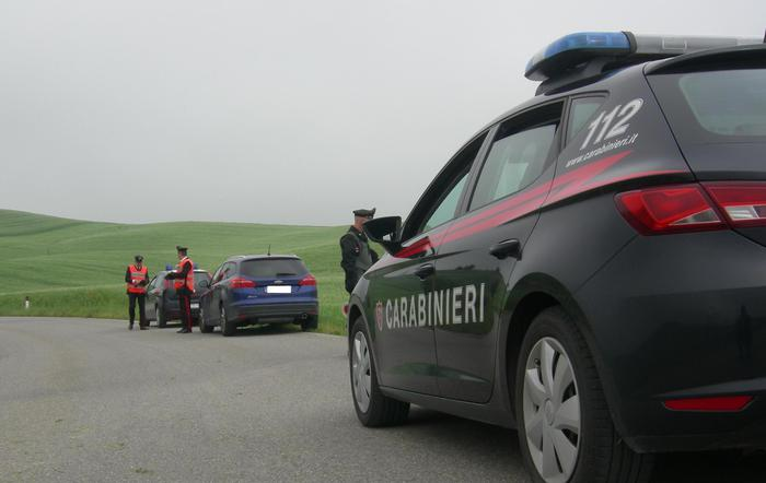 Sparatoria nel Grossetano, un morto e un diciottenne resta ferito