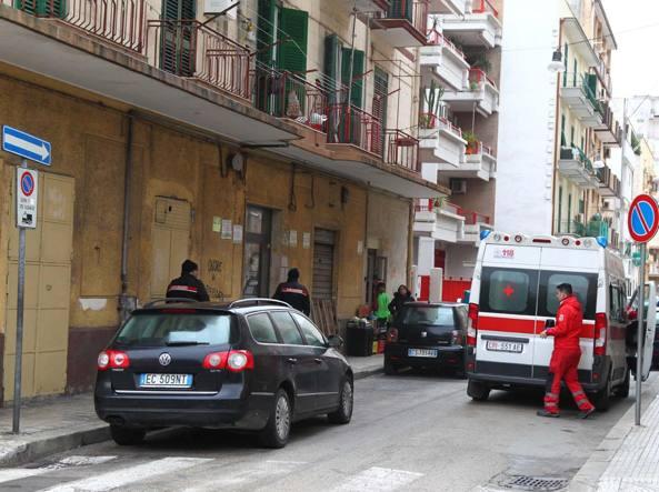 Taranto, ferito alle gambe con due colpi di pistola: fermato un 42 enne