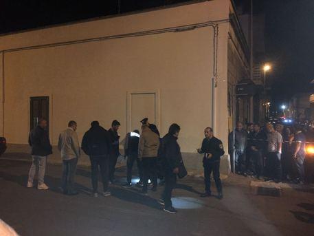 Tragedia nel Salento, disoccupato spara ai vicini di casa: tre morti