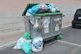 Il Consiglio blocca il nuovo appalto  dei rifiuti a Floridia: l'ira dell'amministrazione