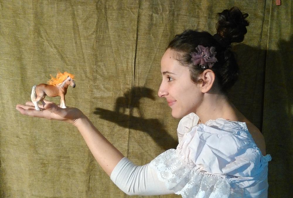 """Vittoria, Teatro Ragazzi: domenica in scena """"Lo specchio sincero"""""""