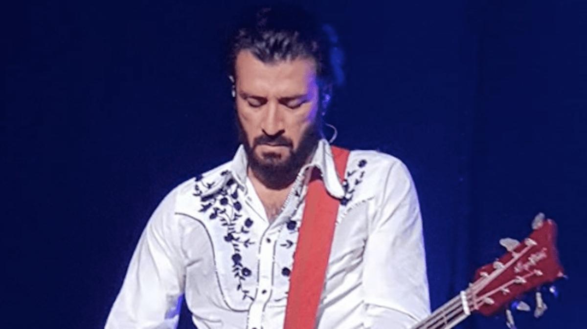 Lecce, chitarrista dei Negroamaro ricoverato in Rianimazione