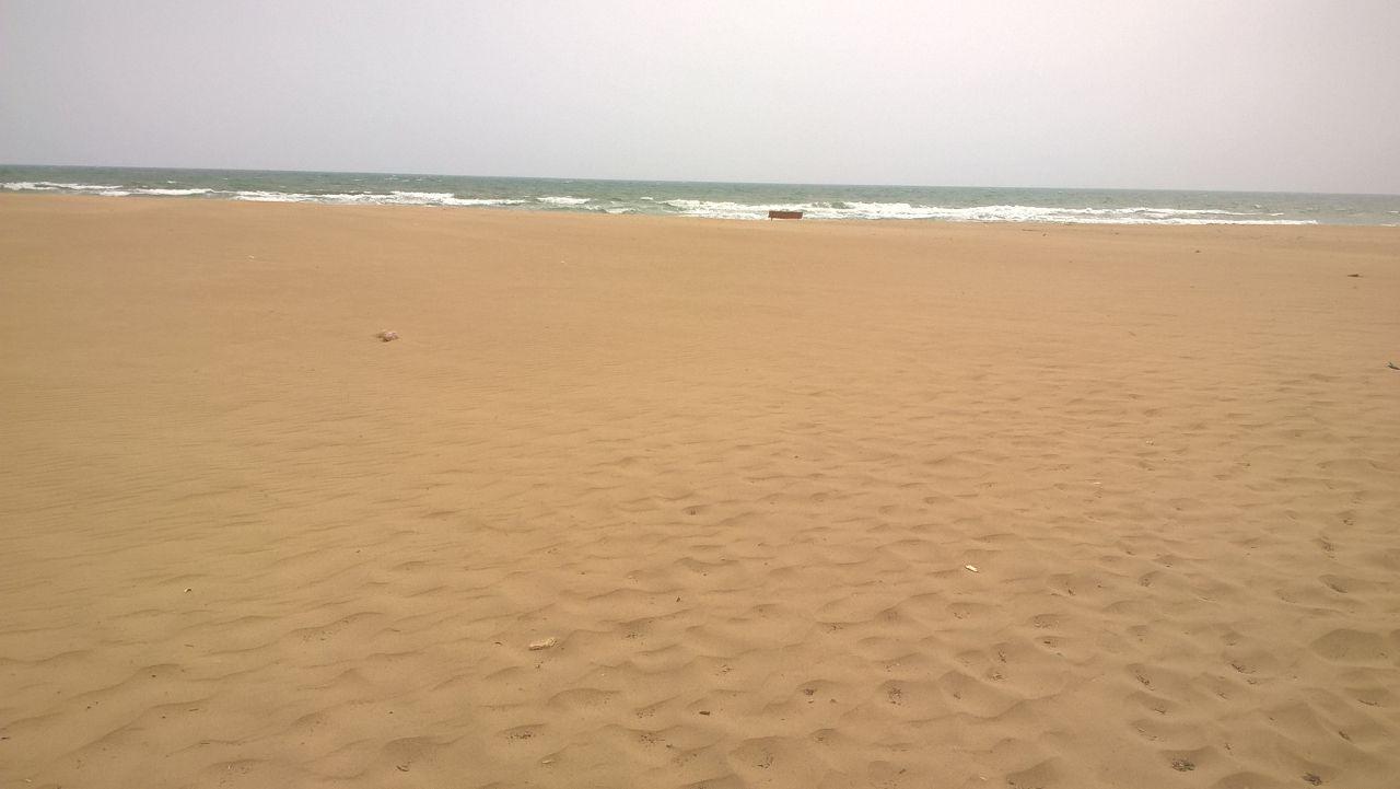 Catania, ripulite dagli operai del Comune le tre spiagge libere della Playa
