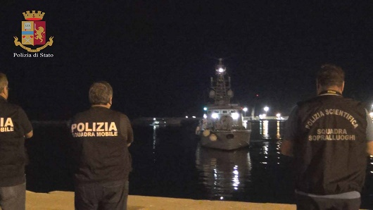 Pozzallo, la polizia ferma il terzo scafista: è tunisino