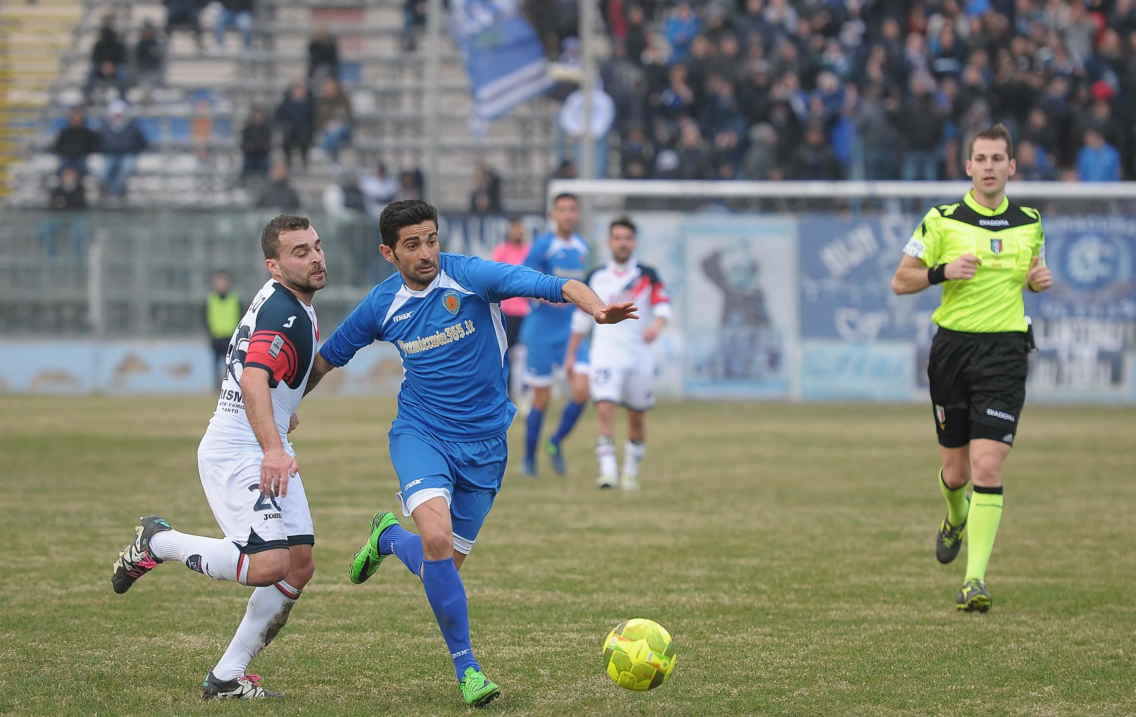 Il Siracusa non morde e alla fine il Taranto porta a casa un meritato pareggio ( 0 a 0)